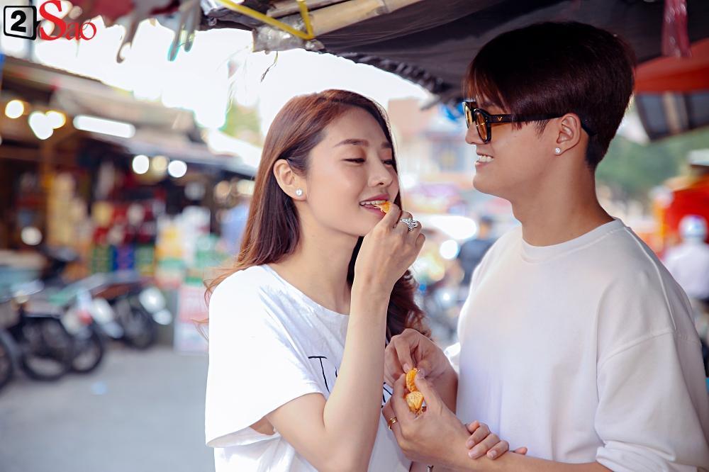Ngắm Linh Chi - Lâm Vinh Hải tình tứ đi chợ Tết, ai cũng mong cặp đôi sớm báo hỷ trong năm mới Kỷ Hợi-11