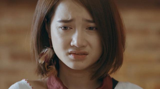 Diễn xuất thảm họa, 4 ngôi sao này nhận nhiều gạch đá nhất màn ảnh Việt năm 2018-2
