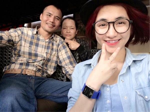 Hòa Minzy nhắn về quê hỏi bố mẹ sắm Tết đủ chưa, đấng sinh thành chỉ đáp một câu nhưng gây xúc động mạnh-5