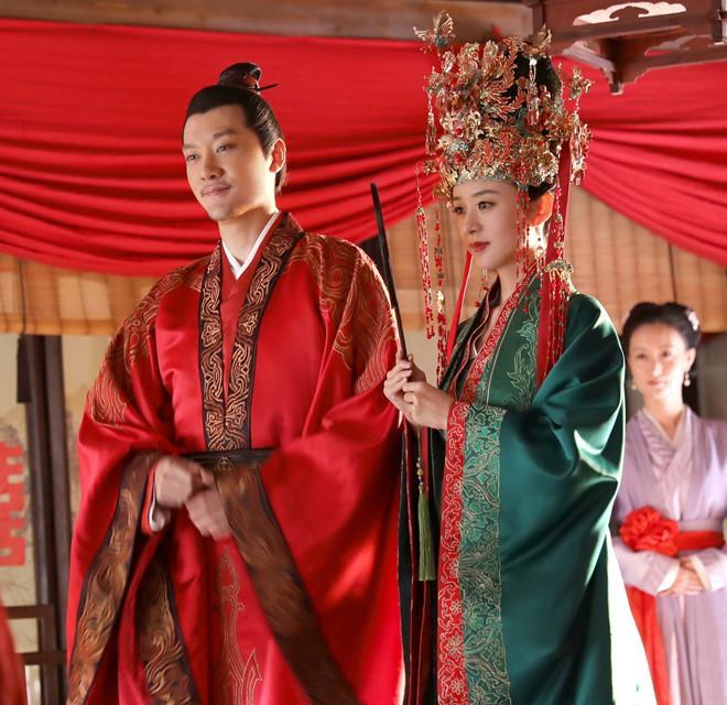 Triệu Lệ Dĩnh lần đầu tiết lộ cuộc sống hôn nhân với Phùng Thiệu Phong-2