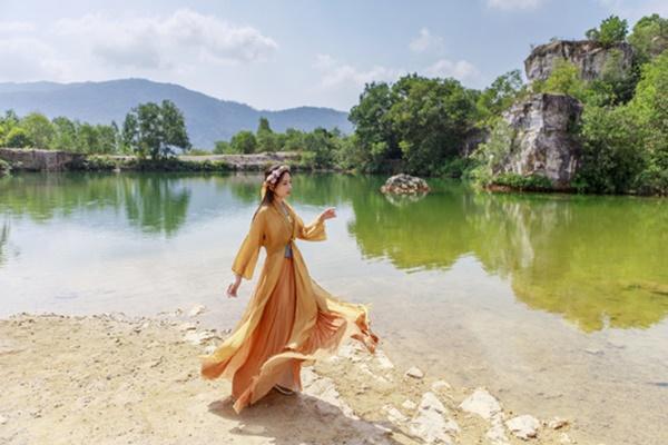 Dương Khắc Linh tung nhạc phim Trạng Quỳnh do chính bạn gái hát-2
