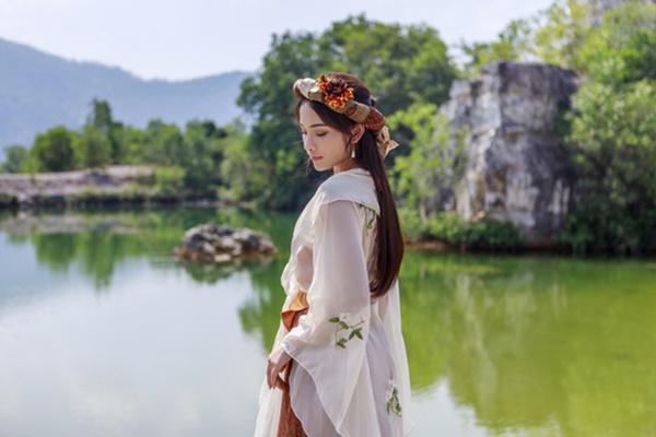 Dương Khắc Linh tung nhạc phim Trạng Quỳnh do chính bạn gái hát-4