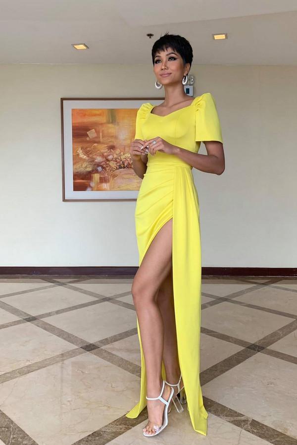 Vừa gặp mặt, HHen Niê liền đọ trình catwalk siêu xịn với Hoa hậu đẹp nhất thế giới 2010 Venus Raj-3