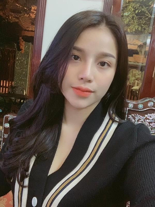 Bạn gái Quang Hải, Quỳnh Anh và các style làm đẹp để đón Tết Nguyên Đán-3
