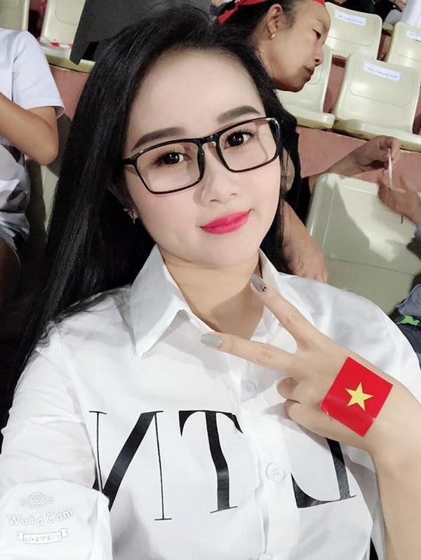 Bạn gái Quang Hải, Quỳnh Anh và các style làm đẹp để đón Tết Nguyên Đán-5