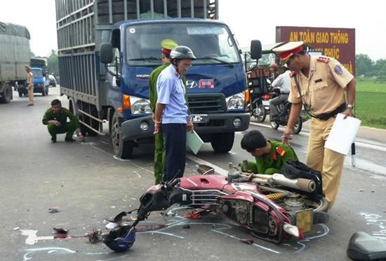 17 người chết do TNGT trong ngày nghỉ Tết Nguyên đán thứ hai-1