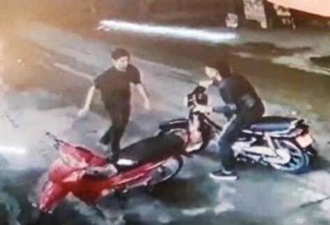 Nóng: Đã bắt được nghi can cứa cổ tài xế taxi trước sân vận động Mỹ Đình-2