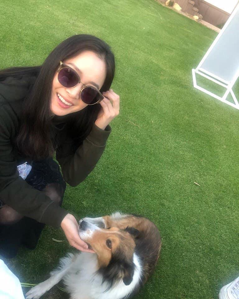 Kim Tae Hee lộ dấu hiệu tuổi tác, xuề xòa một cách khó tin khi để mặt mộc và đi dép lê-2