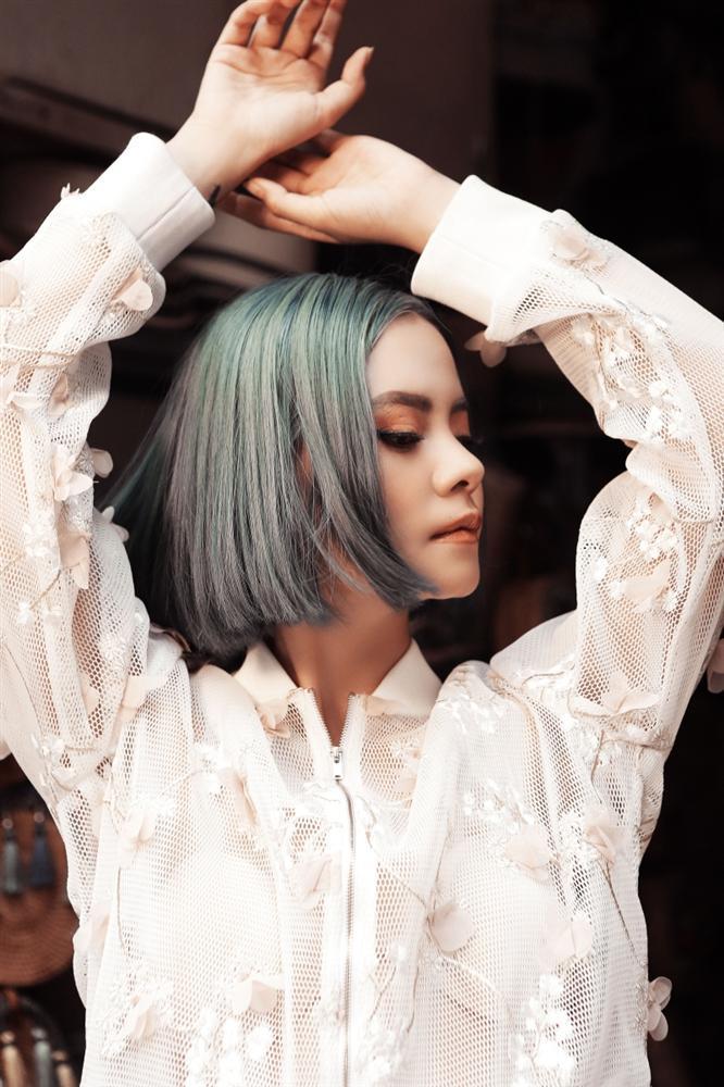 Profile không phải dạng vừa của Tia Hải Châu người khiến Hari Won dính nghi án đạo nhạc nhiều ca khúc-2