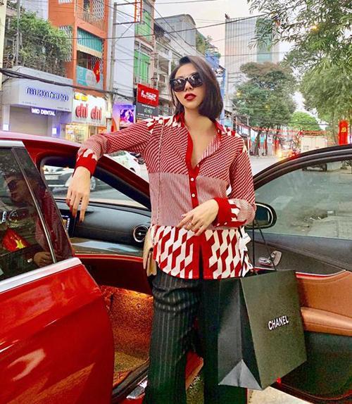 Sao Việt so độ vung tiền sắm hàng hiệu đón năm mới-3