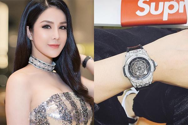 Sao Việt so độ vung tiền sắm hàng hiệu đón năm mới-7