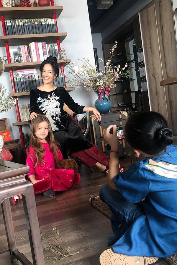 Tết đầu tiên làm mẹ đơn thân của ca sĩ Hồng Nhung-10