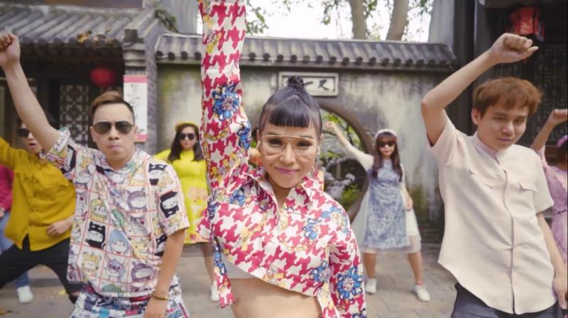 MV Tết của Trương Thảo Nhi được chia sẻ rần rần vì lời hát cực bắt trend-2