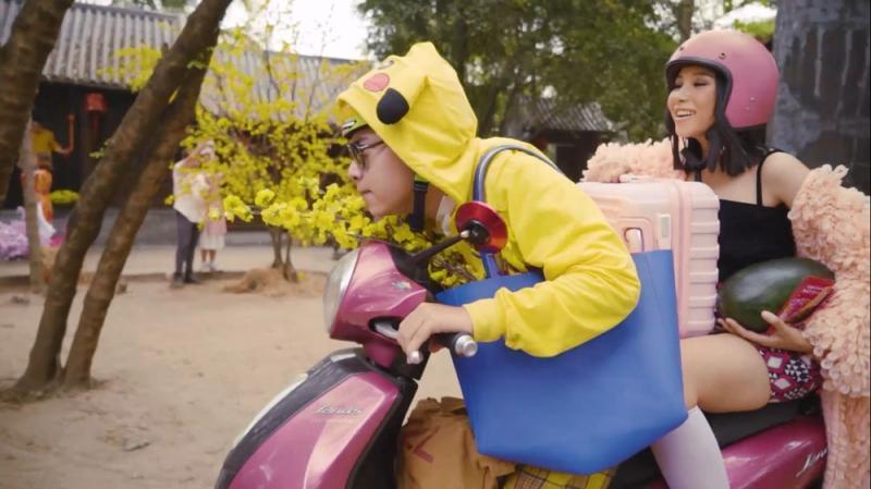 MV Tết của Trương Thảo Nhi được chia sẻ rần rần vì lời hát cực bắt trend-4