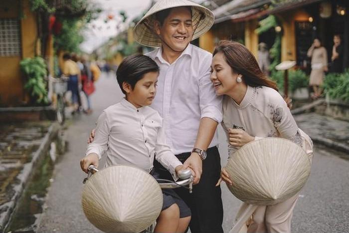 Ngoài Nhã Phương, những sao Việt này sẽ hân hoan đón heo vàng trong năm Kỷ Hợi-5