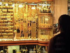 Lý do Dubai có khu chợ mua bán vàng... như rau