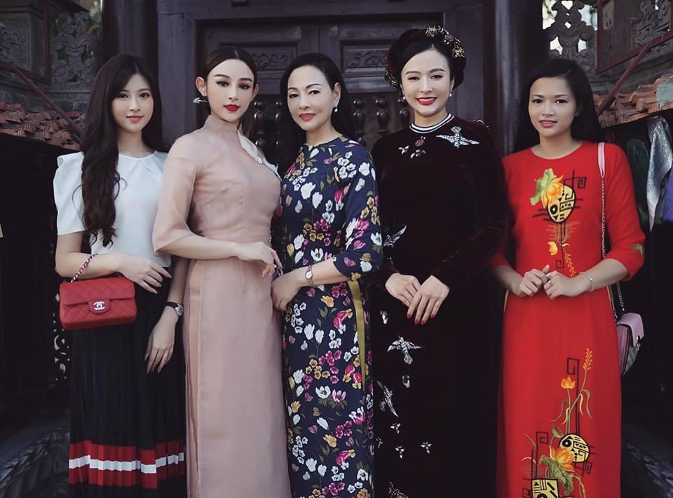 Ăn mặc hớ hênh, bạn gái Quang Hải bị nhắc nhở đúng mùng 2 Tết-8