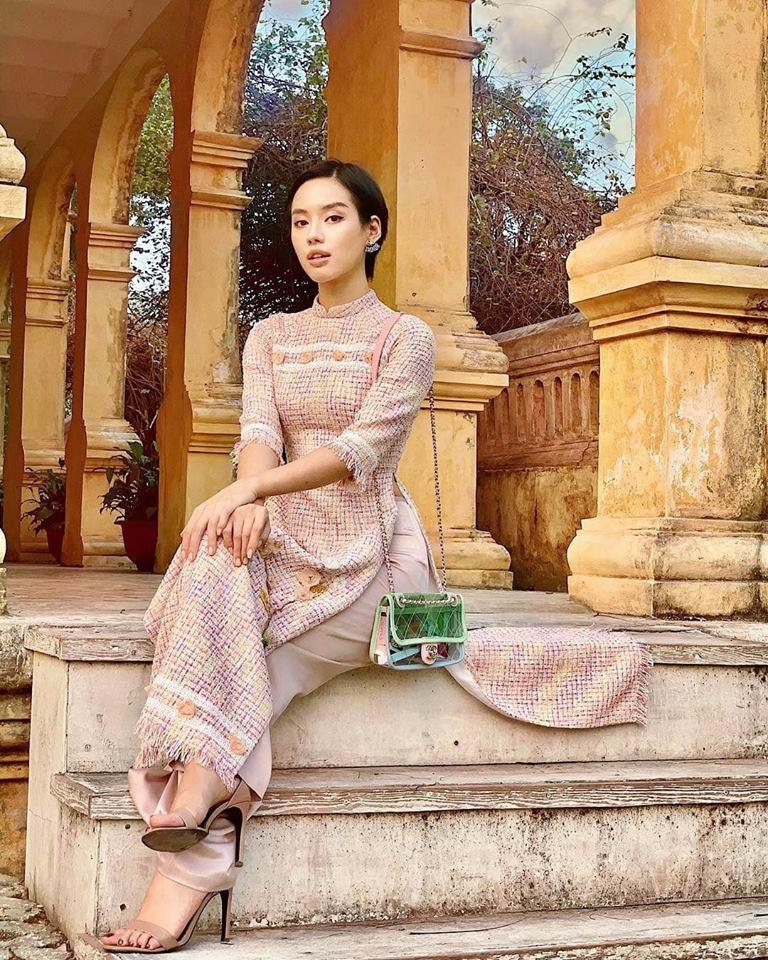 Ăn mặc hớ hênh, bạn gái Quang Hải bị nhắc nhở đúng mùng 2 Tết-5
