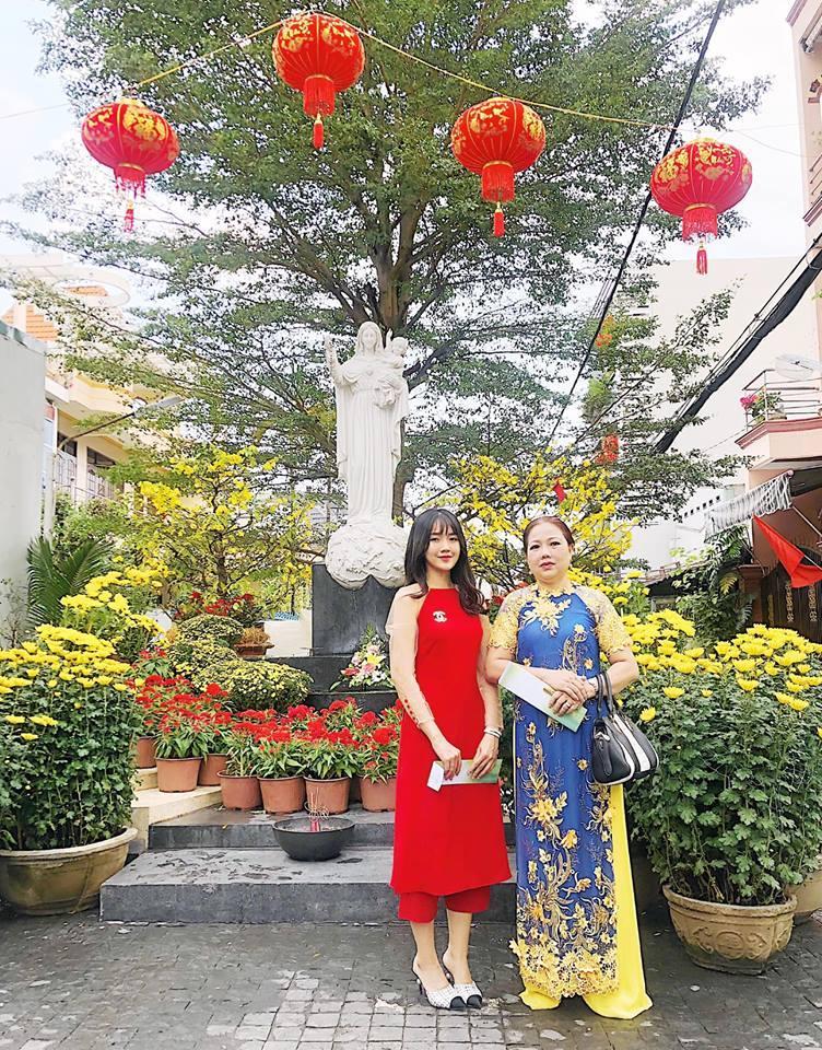 Ăn mặc hớ hênh, bạn gái Quang Hải bị nhắc nhở đúng mùng 2 Tết-6