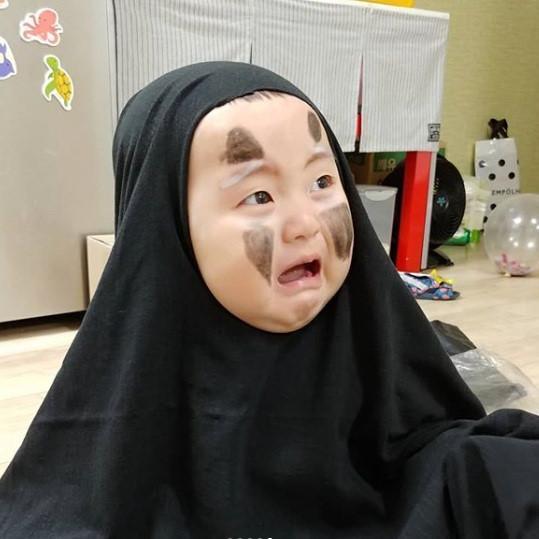 Bé trai Hàn Quốc 2 tuổi nổi tiếng trên mạng vì biểu cảm hài hước-2