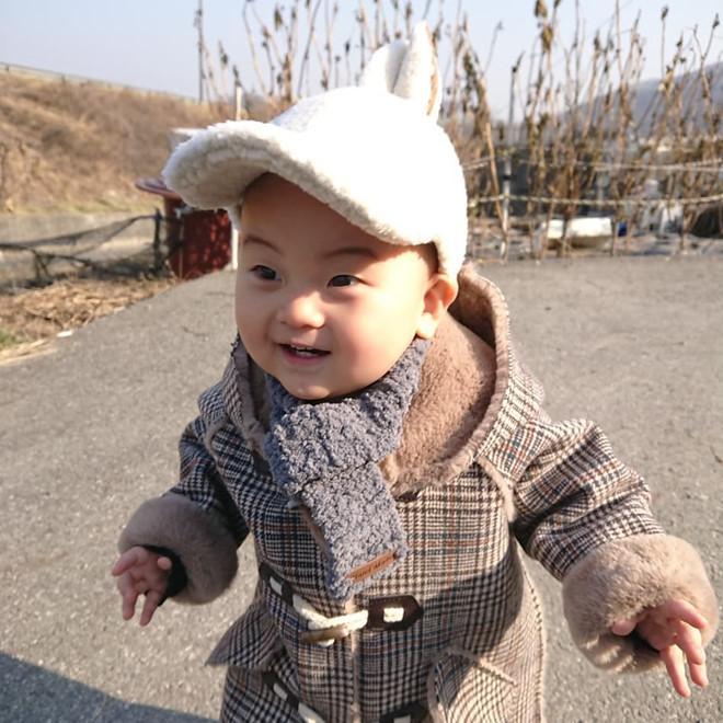 Bé trai Hàn Quốc 2 tuổi nổi tiếng trên mạng vì biểu cảm hài hước-8
