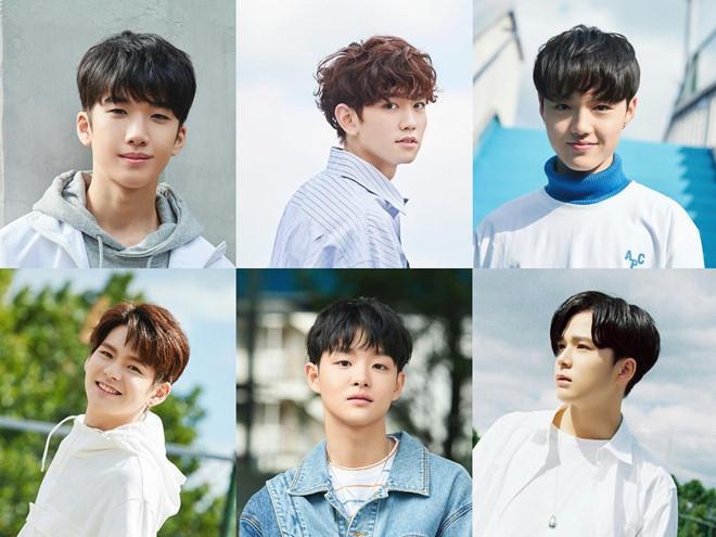 Ra mắt nhóm 13 thành viên, ông chủ của Big Bang bị chê học đòi EXO-2