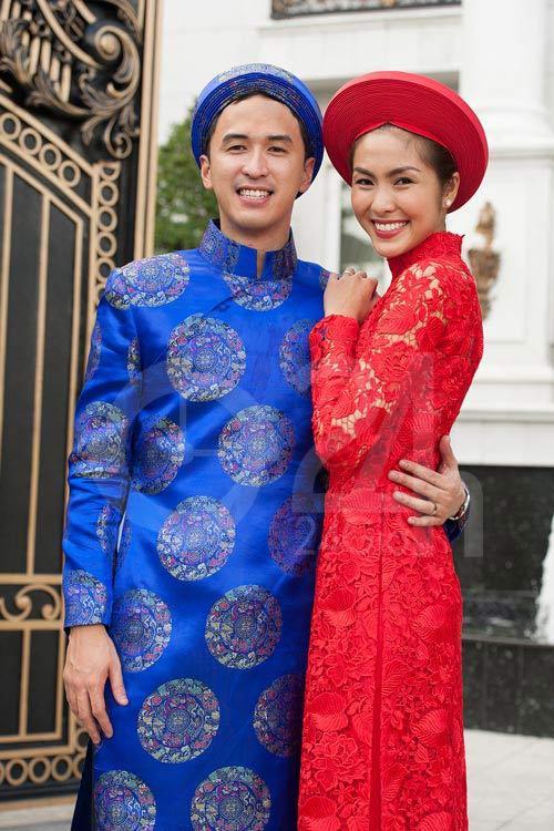 Giàu nứt đố đổ vách mà vẫn siêu tiết kiệm: chồng Tăng Thanh Hà mặc lại áo dài cưới mỗi dịp Tết đến xuân về-5