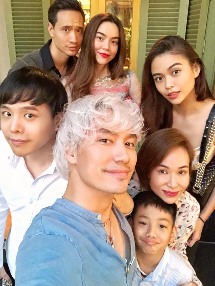 Hồ Ngọc Hà và Kim Lý tình bể bình khi hẹn hò đầu xuân cùng bạn bè thân thiết-1