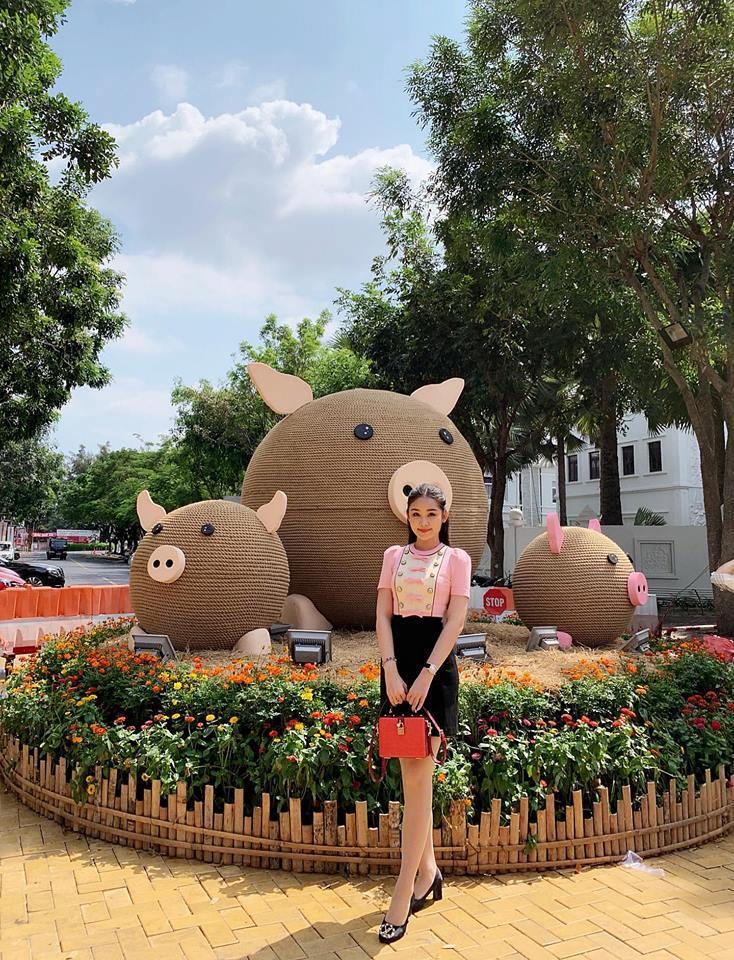 Hồ Ngọc Hà và Kim Lý tình bể bình khi hẹn hò đầu xuân cùng bạn bè thân thiết-3