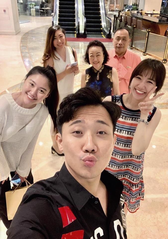 Hồ Ngọc Hà và Kim Lý tình bể bình khi hẹn hò đầu xuân cùng bạn bè thân thiết-7