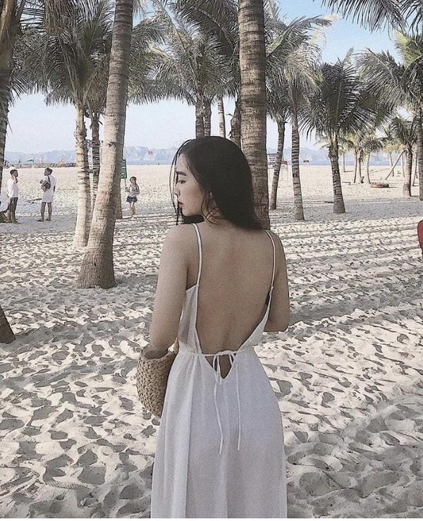 Đức Chinh cười tươi âu yếm, Hà Trang bẽn lẽn trong ngày ra mắt gia đình bạn trai nhưng phong cách của cô nàng mới là điều gây chú ý-3
