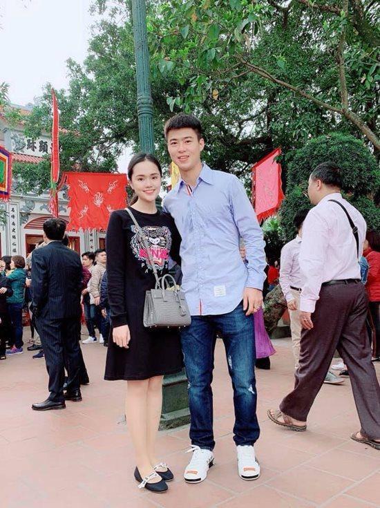 Đội tuyển Việt Nam du xuân: Hồng Duy nổi bật với giày 20 triệu, Công Phượng giản dị-4