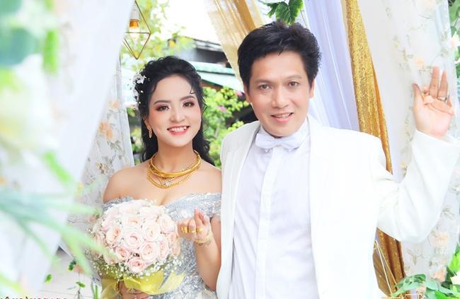 Quý ông showbiz Việt lấy vợ kém cả 20 tuổi: người hạnh phúc, kẻ ly hôn-3