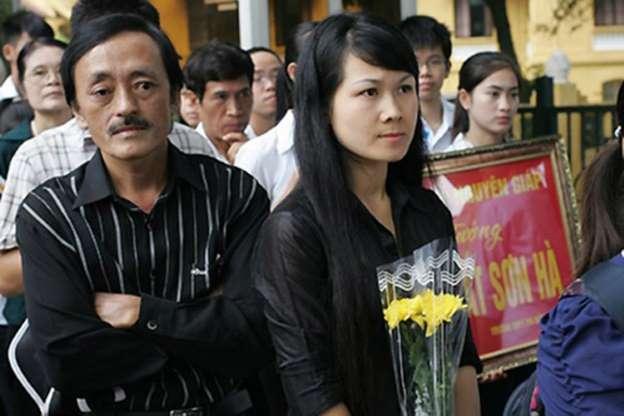 Quý ông showbiz Việt lấy vợ kém cả 20 tuổi: người hạnh phúc, kẻ ly hôn-6