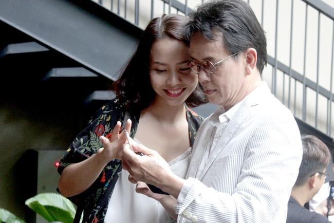 Quý ông showbiz Việt lấy vợ kém cả 20 tuổi: người hạnh phúc, kẻ ly hôn-7