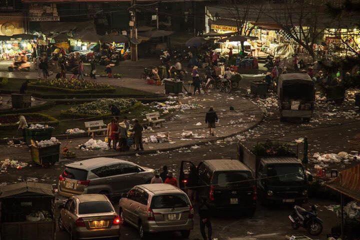 Khủng khiếp: Rác ngập tràn các con đường ở Đà Lạt sau 5 ngày Tết?-3
