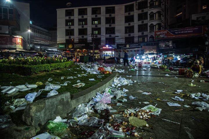 Khủng khiếp: Rác ngập tràn các con đường ở Đà Lạt sau 5 ngày Tết?-4