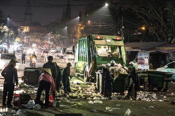 Khủng khiếp: Rác ngập tràn các con đường ở Đà Lạt sau 5 ngày Tết?-6
