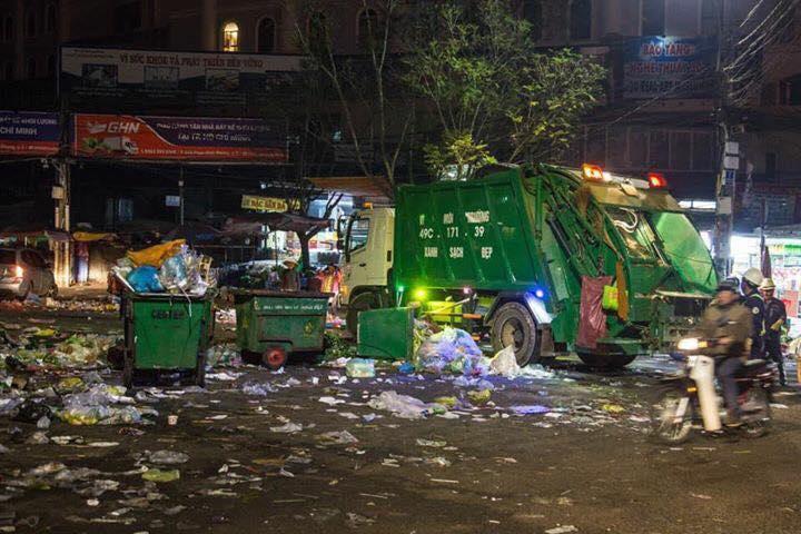 Khủng khiếp: Rác ngập tràn các con đường ở Đà Lạt sau 5 ngày Tết?-8