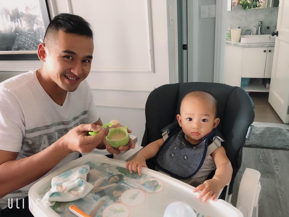 Thúy Diễm chia sẻ về Tết sau khi làm mẹ: 'Chẳng thấy Tết đâu ngoài tã với sữa'-5