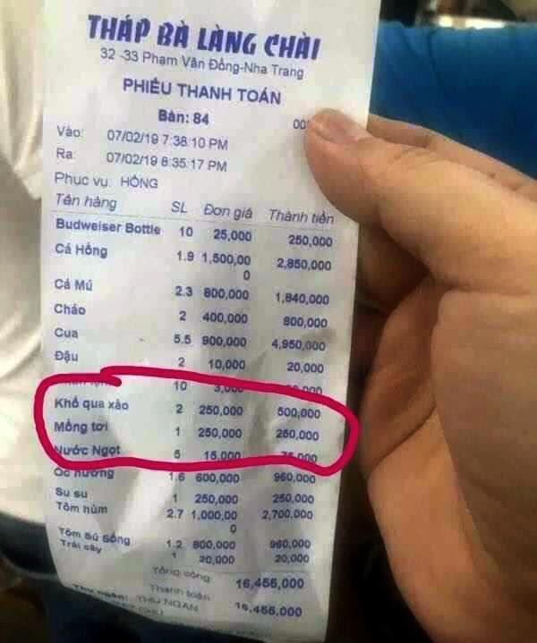 Thêm quán ăn ở Nha Trang bị tố 'chặt chém' 250.000 một đĩa mồng tơi-1