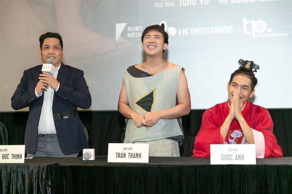 Bị fans của Trấn Thành mắng chửi, Đức Thịnh lên tiếng: Cậu ấy là ngôi sao nên được nhiều người o bế và vỗ về-3