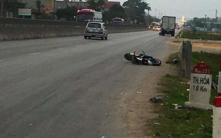 Thanh Hoá: Xe khách tông xe đạp điện làm hai học sinh thương vong-1