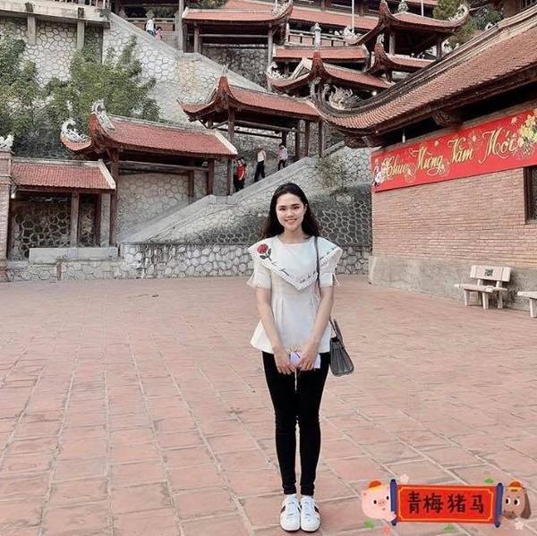 Bị chê 'hãm vô cùng', bạn gái Duy Mạnh đáp trả cực gắt: 'Năm mới chúc em sống nhân hậu hơn'-2