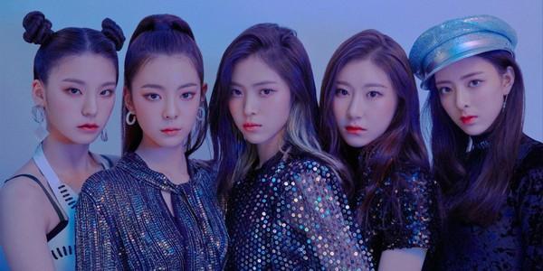 ITZY chính thức debut: JYP gom tất cả tinh hoa từ Wonder Girl - Miss A - Twice-1