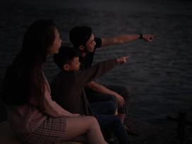 Bức ảnh đẹp nhất ngày đầu năm: Subeo hạnh phúc bên ba Cường Đô La và mẹ kế Đàm Thu Trang