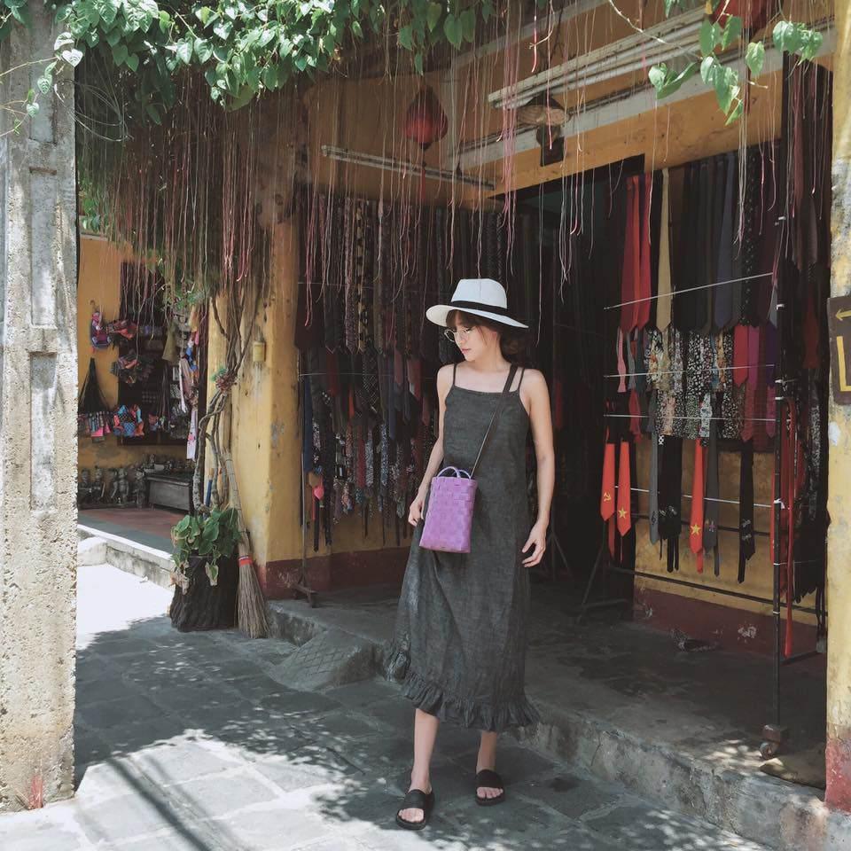 Mới đầu năm mới, Minh Tú háo hức nhặt đồ sida trong chuyến đi Thái Lan-9