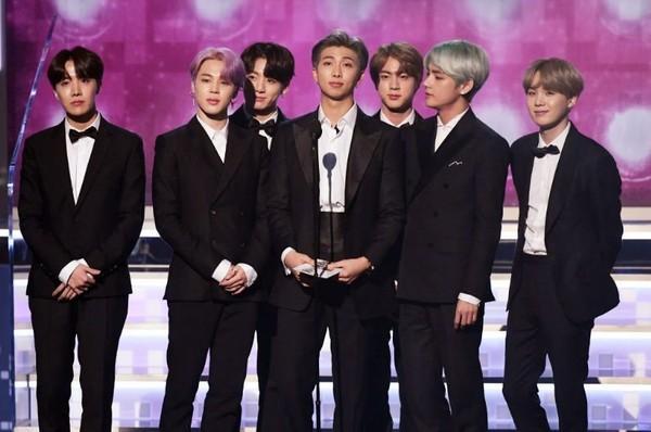 BTS trở thành nghệ sĩ Kpop đầu tiên xuất hiện trên sân khấu Grammy: Chúng tôi sẽ trở lại!-3