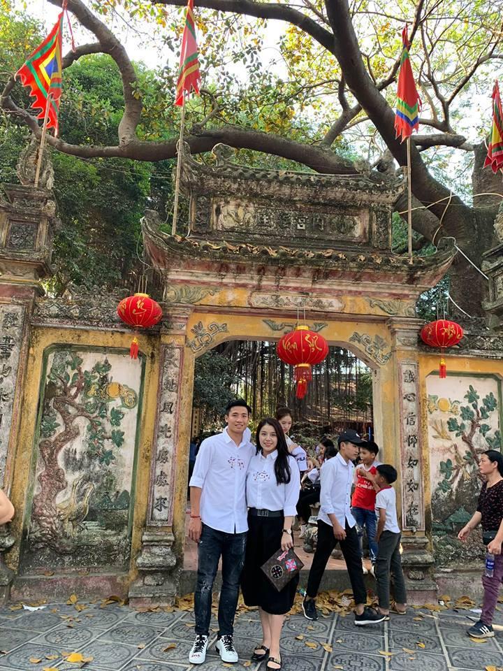 Đăng ảnh sống ảo cực bảnh bao, Quang Hải bị soi dùng lại caption của Hoa hậu Đặng Thu Thảo-5