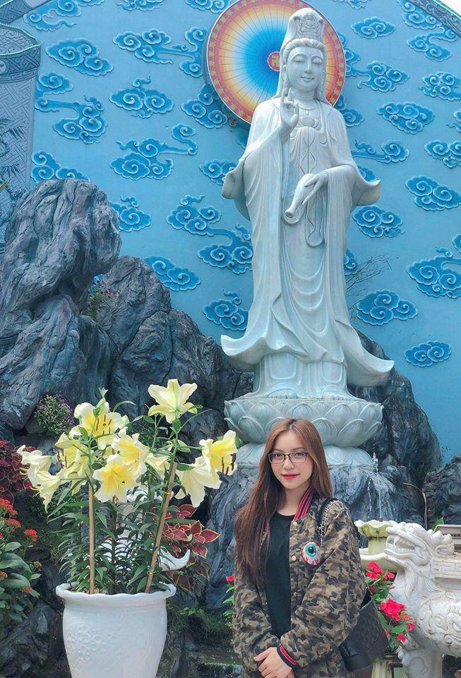 Đăng ảnh sống ảo cực bảnh bao, Quang Hải bị soi dùng lại caption của Hoa hậu Đặng Thu Thảo-4